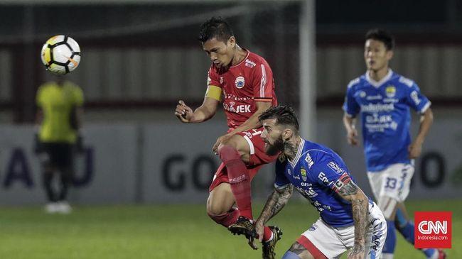 Kapten Persija Jakarta Ismed Sofyan belum memutuskan pensiun usai meraih gelar juara Liga 1 2018 dan menegaskan masih memiliki motivasi bermain.
