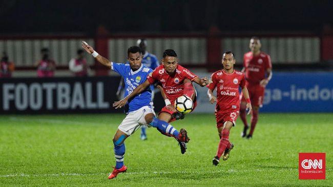 Persib Bandung mewaspadai motivasi Persija Jakarta yang berupaya bangkit dari papan bawah saat kedua tim bentrok di Stadion I Wayan Dipta, Senin (28/10).