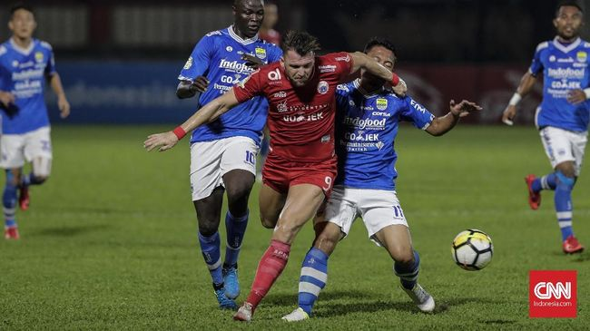 Pelatih Persija Jakarta Stefano 'Teco' Cugurra mengingatkan laga melawan Borneo FC di Liga 1 2018 lebih penting dari sekadar uji coba kontra Selangor FA.