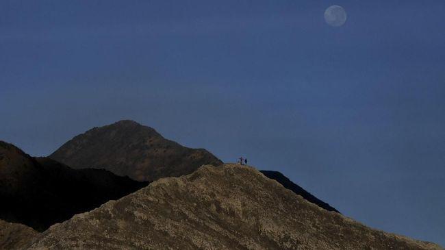 Pendaki Hilang di Gunung Guntur Ditemukan Selamat
