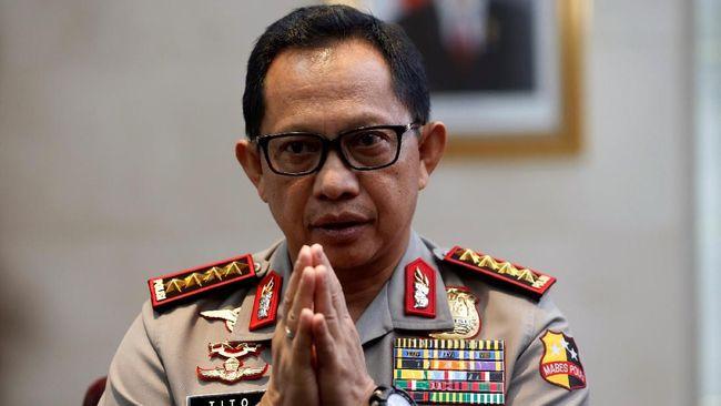 Kapolri Tito Karnavian berjanji menyiapkan imbalan bagi siapapun yang melaporkan sekaligus menyertakan bukti dugaan pengaturan skor di sepak bola Indonesia.