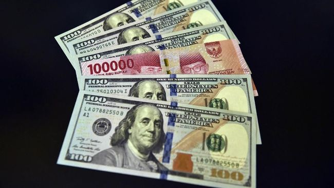 Rifanfinancindo | Minim Topangan, Rupiah Melemah ke Rp14.515 per Dolar AS