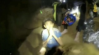 Usaha Penyelamatan Remaja di Gua Thailand Diburu Waktu
