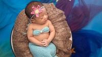 <p>Duh, mermaid yang satu ini menggemaskan banget sih. (Foto: Instagram @sonnyseptian)</p>