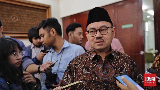 Direktur Materi dan Debat BPN Prabowo Subianto-Sandiaga Uno, Sudirman Said, kecewa dengan performa capres jagoannya di debat Pilpres 2019 karena terlalu santun.
