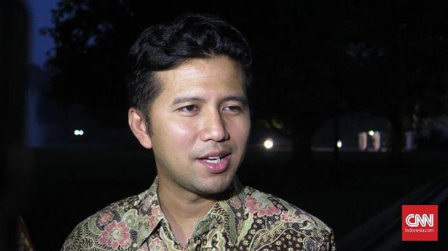 Bawaslu Kota Surabaya telah melayangkan surat panggilan ke Wagub Jatim, Emil Dardak. Namun, yang bersangkutan mengutus kuasa hukumnya.