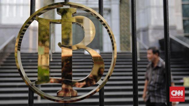Bank Indonesia menambah sanksi bagi perbankan yang melanggar aturan Utang Luar Negeri (ULN) berupa pembatasan keikutsertaan dalam operasi moneter.