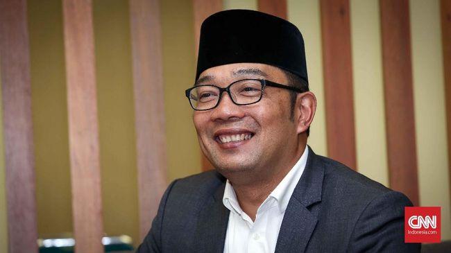 Anggota DPRD Jabar dari Fraksi Demokrat, Irfan Suryanagara, menyebut pemimpin seharusnya hadir saat rakyatnya sedang tertimpa bencana.