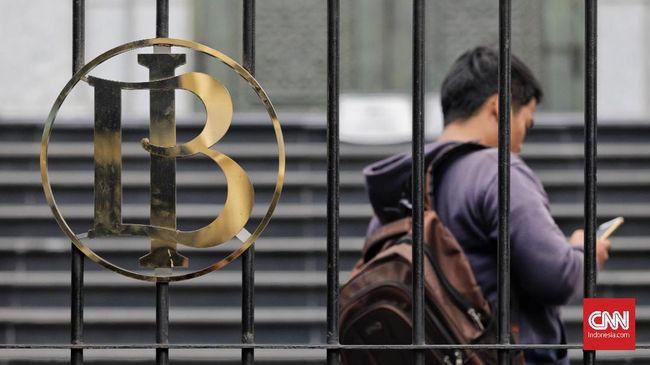 Bankir menyebut kebijakan BI menaikkan kembali suku bunga acuannya 25 bps pada November 2018, di luar ekspektasi mereka.