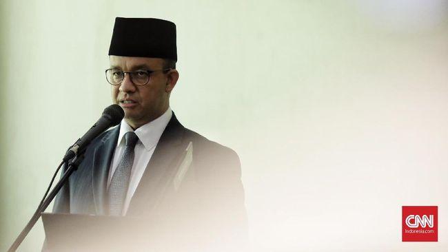 Gubernur DKI Jakarta Anies Baswedan menyatakan pelaku pengunggah pengumuman seleksi terbuka jabatan di Pemprov DKI sebagai orang tak disiplin menjaga informasi.