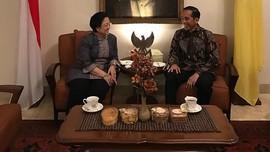 Jokowi Akui Tepat Gelar Profesor Mega, Soroti Lahirnya UU KPK