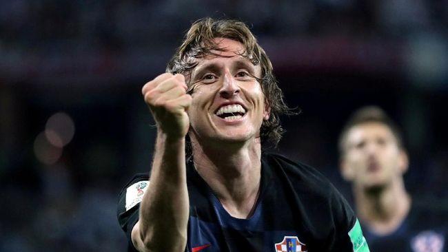 Sedikitnya ada lima fakta menarik yang mengiringi kesuksesan Luka Modric meraih penghargaan pemain terbaik Ballon d'Or 2018.