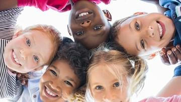 Bahagia Penting untuk Optimalkan Tumbuh Kembang Anak