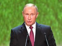 Vladimir Putin Buka Suara Soal Penangkapan Rapper