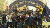 Perancis meraih gelar juara dunia untuk kali kedua setelah mengalahkan Kroasia 4-2 dalam laga final Piala Dunia 2018. (REUTERS/Kai Pfaffenbach)