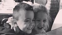 <p>Tahun ini, si kakak Leo genap berumur 6 tahun dan si adik Manu genap berumur 4 tahun. (Foto: Instagram/ @joop8)</p>