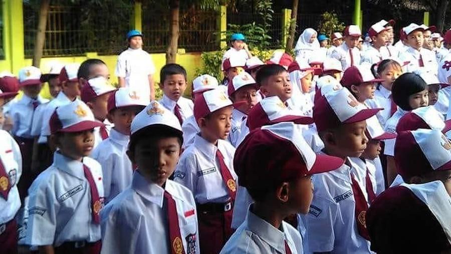 7 Saran tentang Posting Foto Anak di Hari Pertama Sekolah