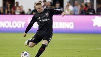 Permalink to Gol Tendangan Geledek Rooney Menangkan DC United