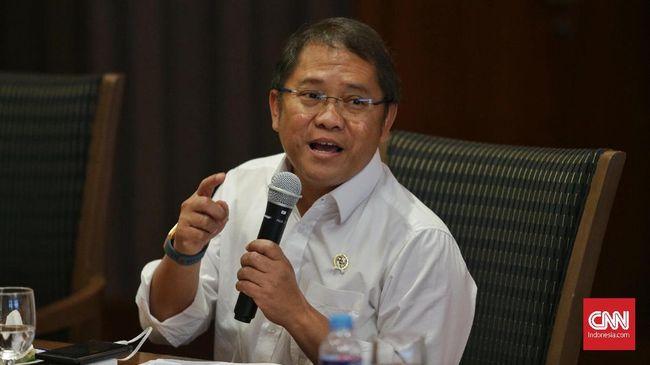 Menkominfo Rudiantara menyebut bahwa registrasi kartu prabayar hanya akan menekan peredaran SMS penipuan, tidak membuatnya 100 persen bersih.