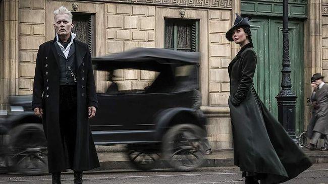 Mendapat reaksi negatif dari penggemar 'Fantastic Beasts' mengenai perannya sebagai Grindelwald, Johnny Depp akhirnya angkat bicara.
