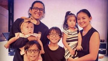 Serunya Punya Empat Anak, Joanna Alexandra Akui 'Kebobolan'
