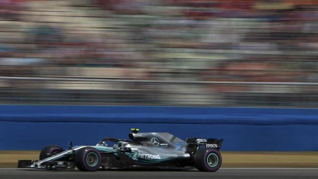 Valtteri Bottas berhasil meraih pole position F1 GP Rusia setelah mengalahkan Lewis Hamilton dan Sebastian Vettel di babak kualifikasi.