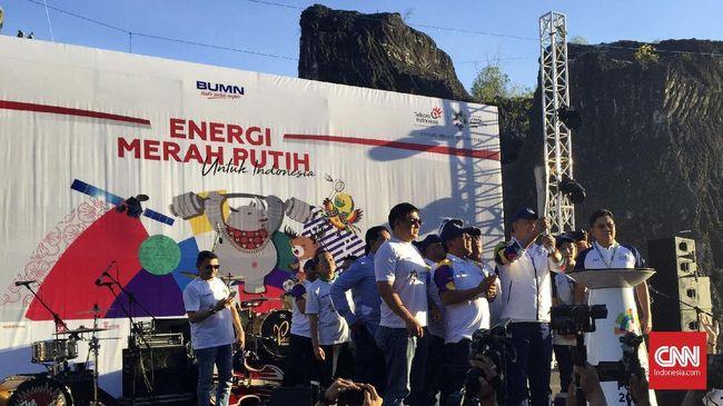 Perjalanan api Asian Games 2018 di Bali berlanjut. Kali ini, api diterima Menteri Pariwisata Arief Yahya di Desa Wisata Sebak Sembung pada Selasa lalu.