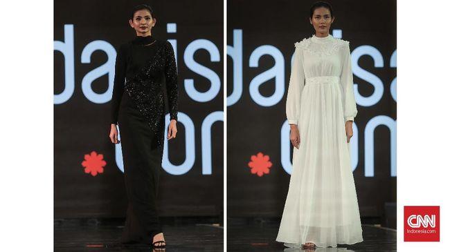 Jakarta Modest Fashion Week dibuka lewat penampilan desainer mancanegara: Araida (Rusia), Dilbar (Kyrgystan), Modanisa (Turki) dan Adrianna Yariqa (Singapura).