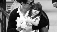 <p>Waktu Suri masih di dalam kandungan, Tom Cruise sangat menantikan kelahirannya. Bahkan, diberitakan Tom sampai membeli alat USG sendiri lho. (Foto: Instagram @patrick_cruise1983)</p>