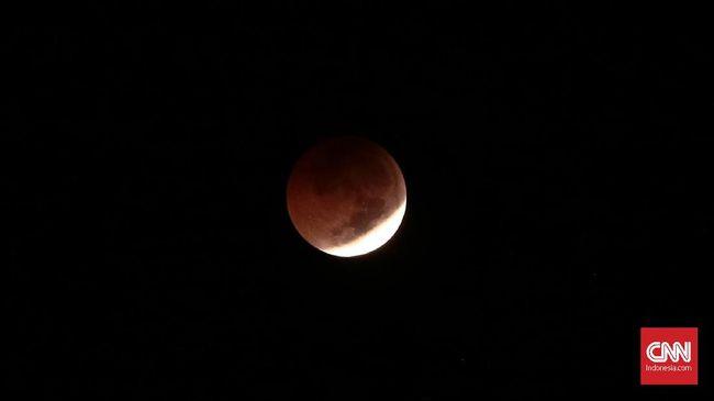 Gerhana Bulan Penumbra hari ini Senin (30/11) tidak akan membahayakan kesehatan jika dilihat secara langsung oleh mata telanjang.