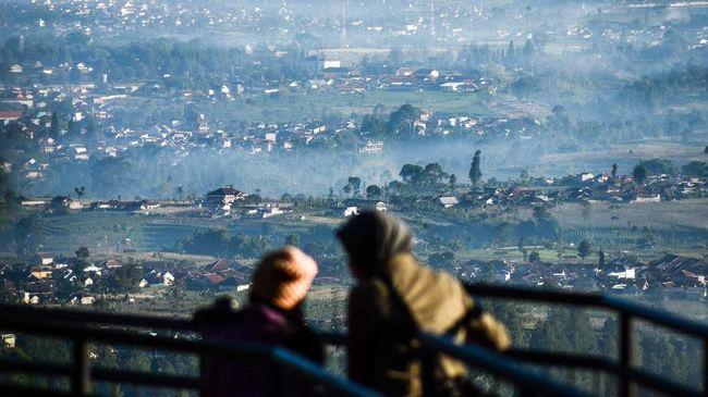 BMKG mencatat suhu terdingin Bandung selama kemarau Juli mencapai rekor 16 derajat celsius.