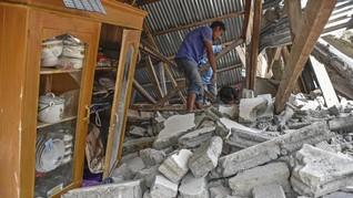Jokowi Sebut Dana Gempa Lombok Rp135 M 'Terparkir' di Bank