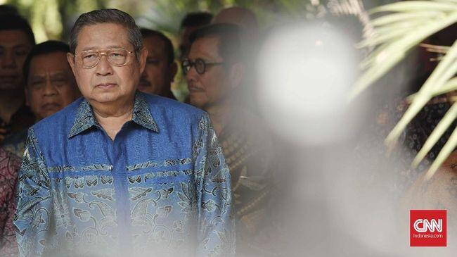 SBY menyatakan pemerintah perlu mendorong permintaan dan konsumsi masyarakat supaya ekonomi yang tertekan virus corona bisa bangkit lagi.