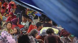 Anak-anak Pengungsi Korban Gempa NTB Kangen Sekolah