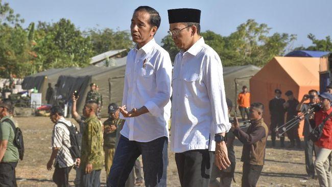 Tuan Guru Bajang (TGB) menyebut Joko Widodo memiliki rekam jejak keislaman yang jelas, lahir dari keluarga muslim, dan mempraktekkan agamanya di masyarakat.
