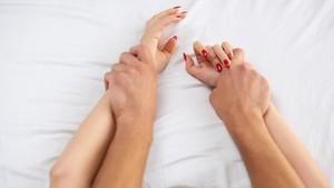 Menggairahkan Hubungan Intim Lewat Pijat Sensual
