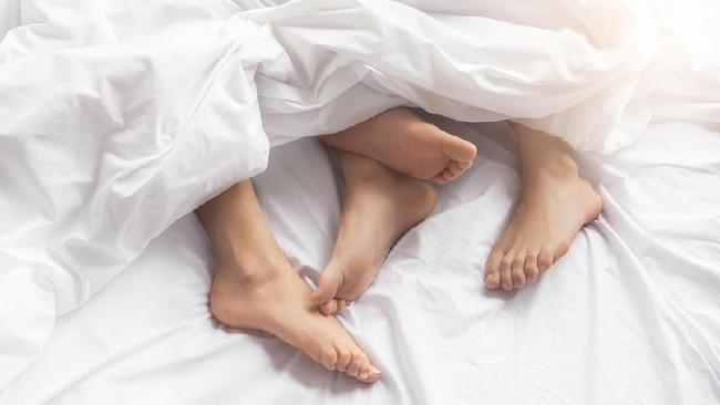 Alasan Sering Kentut saat Berhubungan Seks