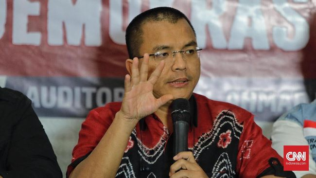Kuasa hukum Cagub Kalsel Denny Indrayana, Febri Diansyah, menyatakan pihaknya bakal memasukkan permohonan sengketa pilkada ke MK hari ini.