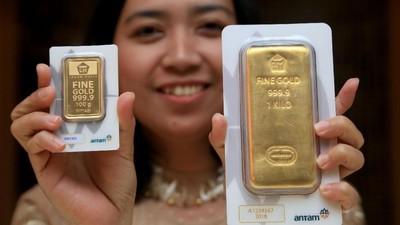 Wow, Investasi Emas Bunda Ternyata Sama Seperti Investasi Dollar