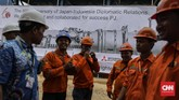 Aktivitas pekerja di PLTGU Jawa 2 GT (Gas Turbine) di Tanjung Priok, Jakarta, Kamis, 1 Agustus 2018.