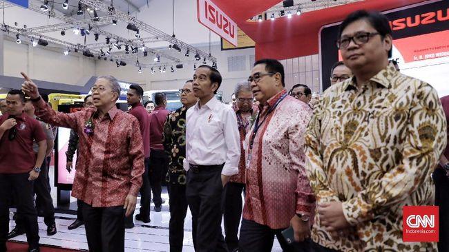 Di antara banyak sektor industri Tanah Air, Presiden Indonesia Joko Widodo (Jokowi) mengatakan otomotif yang paling berkembang dalam skala internasional.