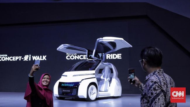Toyota melihat perubahan dalam industri otomotif ini bukan sebagai halangan, melainkan peluang dan kesempatan untuk menghasilkan sesuatu yang baru.