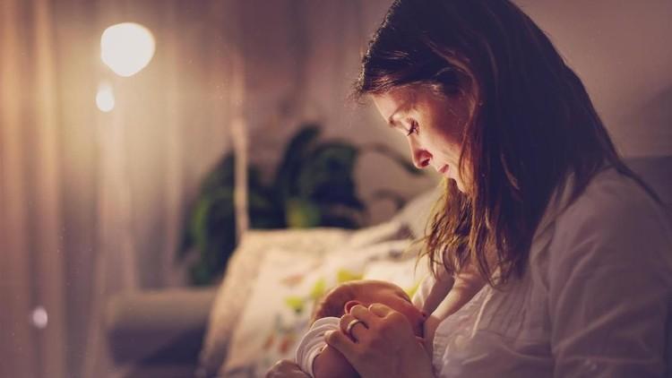5 Tips agar Ibu Menyusui Sehat Saat Menjalankan Puasa Ramadhan