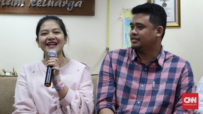Putri Presiden Joko Widodo, Kahiyang Ayu, melahirkan anak keduanya bersama Bobby Nasution di Rumah Sakit YPK Menteng, Jakarta Pusat, pada Senin (3/8).