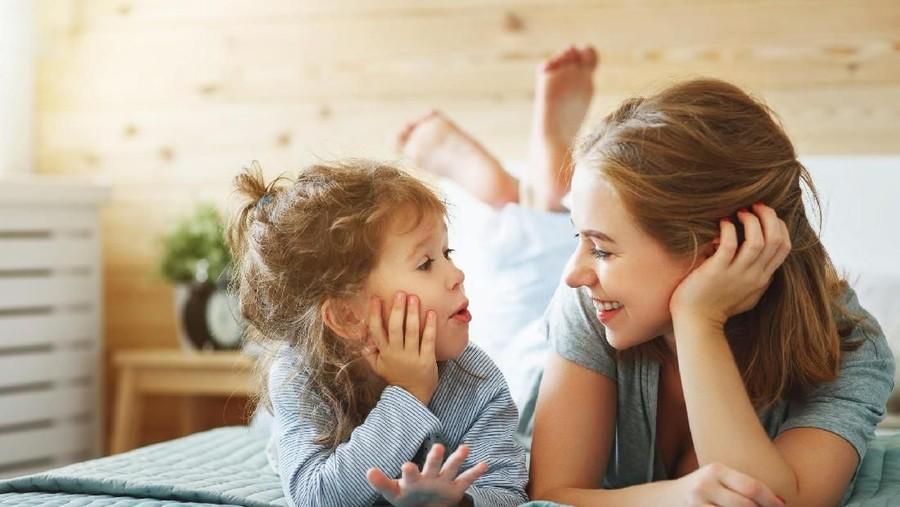 4 Cara Menanamkan Body Image Positif pada Anak