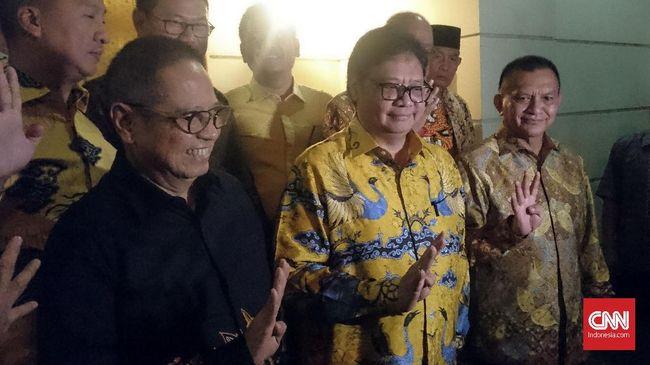 Sejumlah petinggi Partai Golkar mengonfirmasi kabar kunjungan mereka ke kediaman Ketua Umum Demokrat SBY di Cikeas, Bogor, malam ini.
