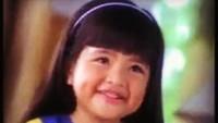 <p>Tasya kecil adalah anak berpipi chubby dengan rambut hitam tebal dan berponi. Wajah manisnya beberapa kali hadir di layar kaca sebagai bintang iklan. (Foto: Instagram @tasyakamila)</p>