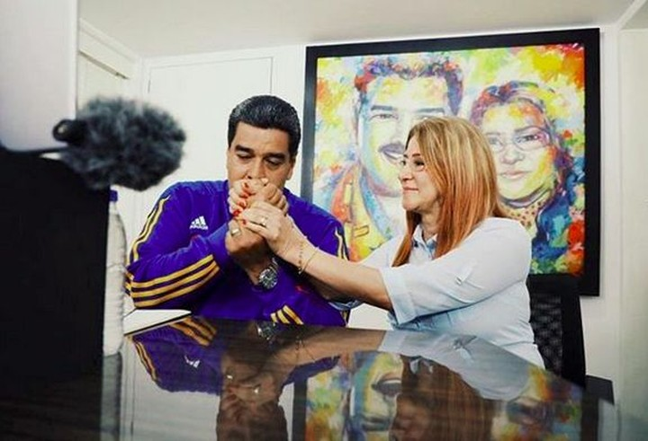 <p>Nicolas menikahi Cilia pada 2013. (Foto: Instagram @nicolasmaduro)<br /><br /></p>