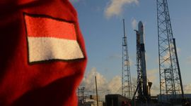 FOTO: Momen Satelit Merah Putih Mengangkasa
