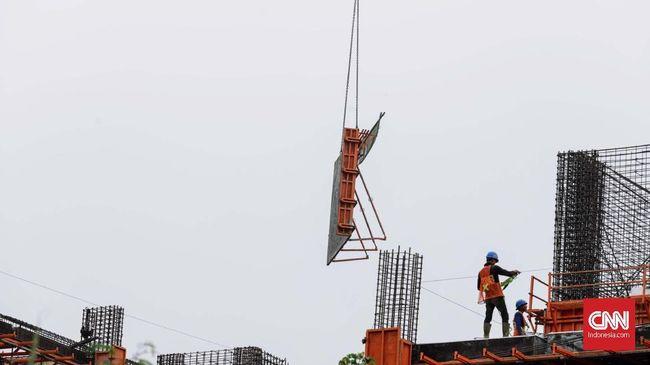 Masa kejayaan BUMN sektor konstruksi mulai memudar pada pertengahan tahun ini. Terbukti, realisasi kinerja BUMN karya yang melantai di bursa saham melambat.